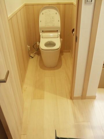 トイレのもみの床