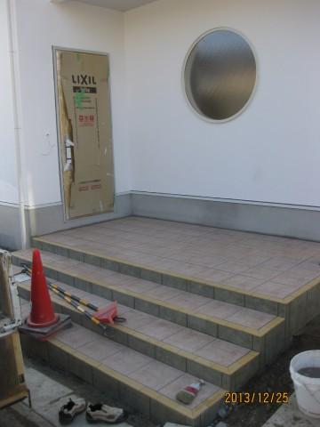 玄関タイル,階段タイル仕上げ