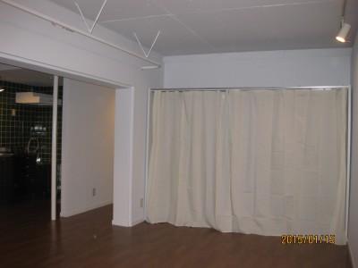 真っ白な賃貸マンションの貸室