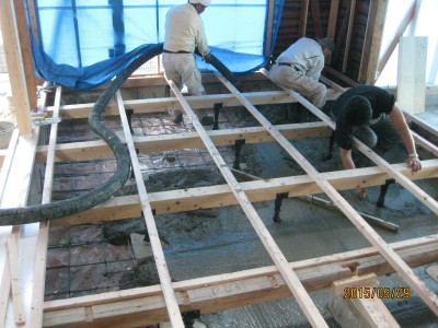 基礎補強,ベースコンクリート打設