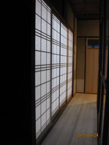 行燈のような和室の明かり