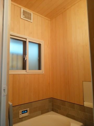 ヒバのお風呂,在来工法の浴室改修,サーモバス