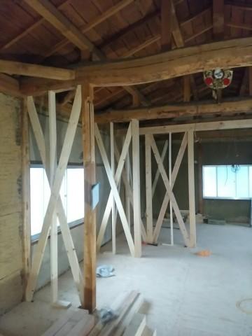土壁の家,リノベーション改修工事,構造補強、小屋組丸太