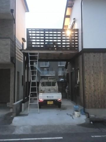 木製バルコニー,杉板張り,リボスタヤエクステリア