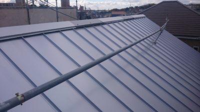 片流れ屋根,ガルバリウム鋼板